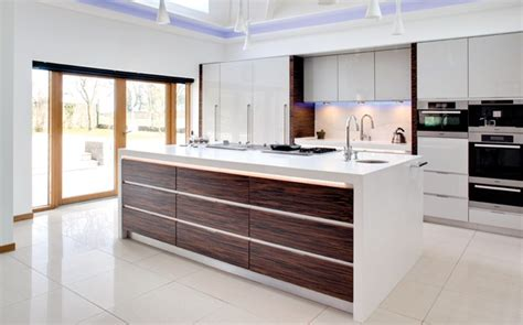 Designer Kitchens Uk Designer Kitchen White Macassar