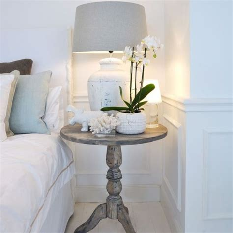 decorar mesita de noche decorar la mesita de noche con estilo get the look
