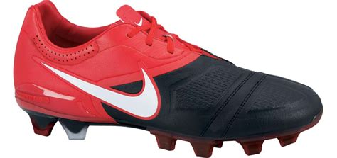nike football shoes ctr360 nike ctr360 maestri football boots