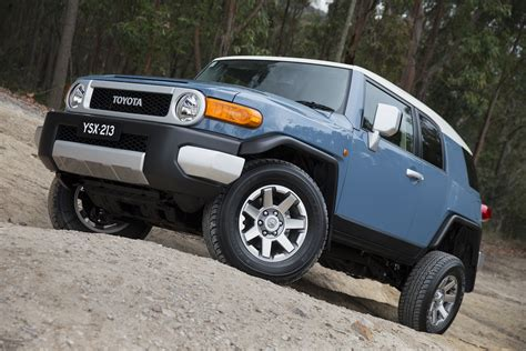 2014 toyota fj cruiser review toyota fj cruiser updated for 2014 photos caradvice