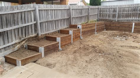 Retaining Walls Construction Melbourne Retainer Wall How To Build A Garden Wall On A Slope