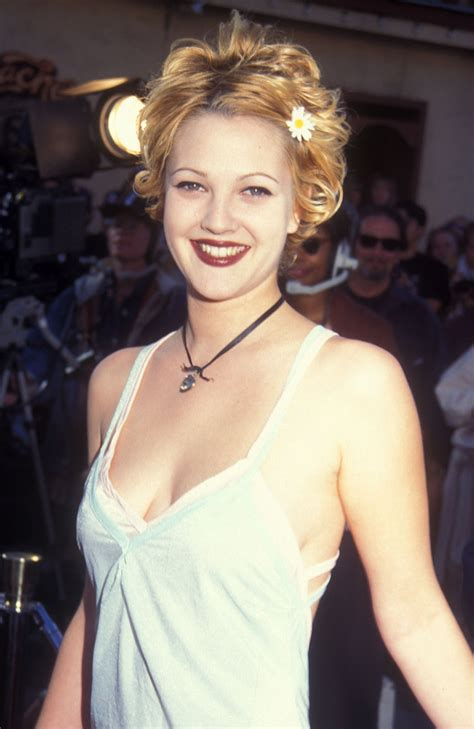 drew barrymore s 10 best hair looks styleicons