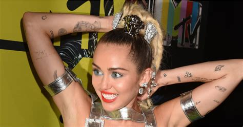 miley cyrus tattoo pictures popsugar celebrity australia