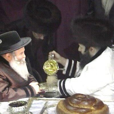 colorful bekitcha bobov politics on twitter quot both bobov rebbe 48 45 wear