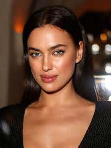 Makeup Academy In Los Angeles Irina Shayk Wearing Versace Dress The Weinstein Company S Academy Award Party In Los Angeles