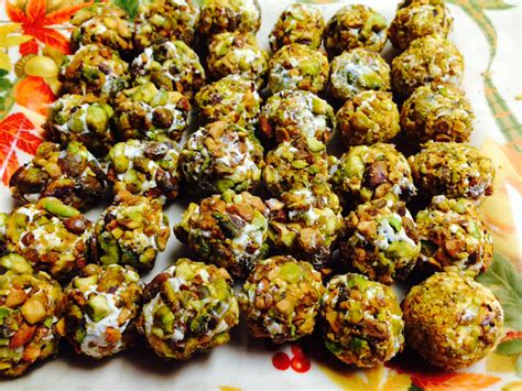 Come With Me Graduation Menu Vegetarian Appetizers by Easy Appetizer Pistachio And Goat Cheese Grapes And