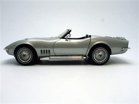 diecast cars corvette 1969 chevrolet corvette diecast model car 1 18 autoart