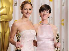 Anne Hathaway Writes Open Letter Defending Jennifer Lawrence Anne Hathaway Oscar Incident