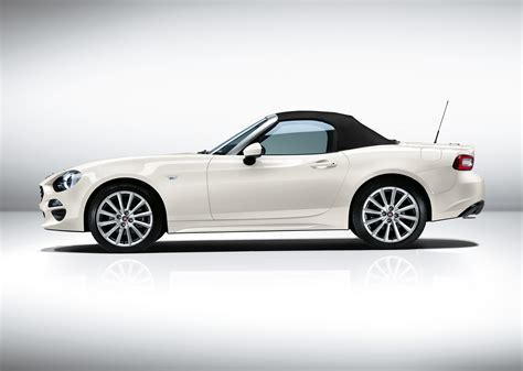 fiat makes and models fiat 124 spider makes its european debut at the 2016