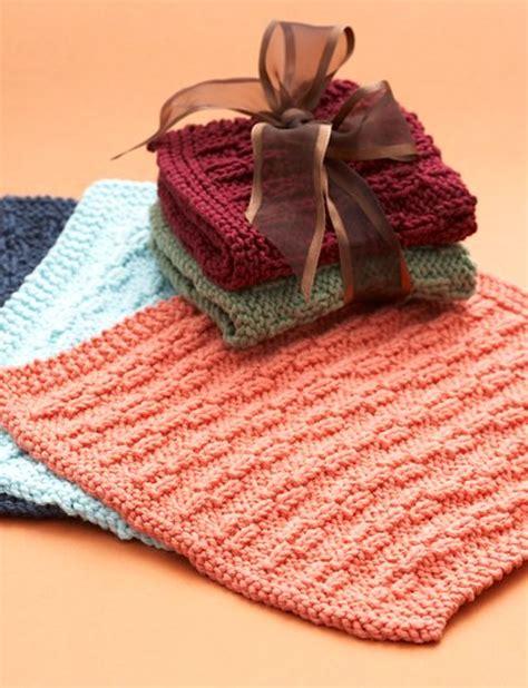 yarn dishcloth pattern lily hostess dishcloth knit pattern yarnspirations
