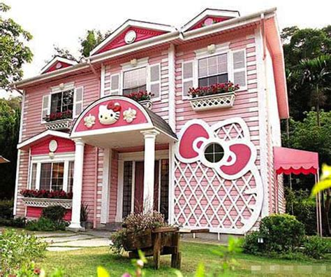 3 Bedroom House For Rent In New Jersey It S A Hello Kitty World 187 Penelopes Oasis