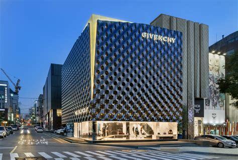 designboom seoul piuarch completes new flagship store for givenchy in seoul