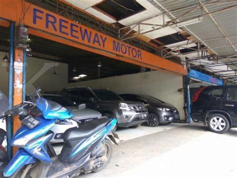 pasar mobil kemayoran tak tergoncang gempuran mobil baru 2