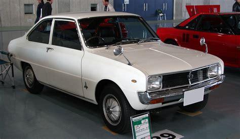file mazda familia sedan 1991 jpg wikimedia commons file mazda familia rotary coupe jpg wikimedia commons