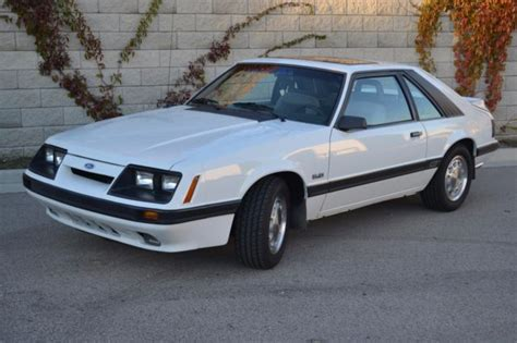 old car owners manuals 1986 ford mustang security system 1986 ford mustang gt i am the original owner very nice classic ford mustang 1986 for sale