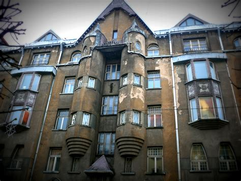 Building A Vertical Garden - art nouveau in riga a comprehensive guide through jugendstil architecture l essenziale
