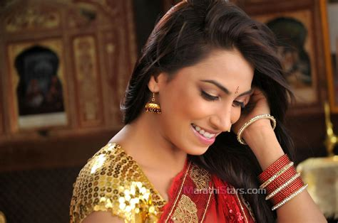 biography marathi movie kranti redkar marathi actress photos biography wallpapers