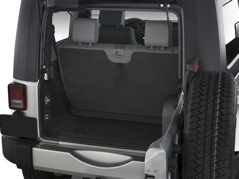 Jeep Wrangler 2 Door Trunk Space Image 2010 Jeep Wrangler 4wd 2 Door Trunk Size
