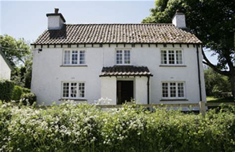 b 226 timent brique cottages with sea view in wales