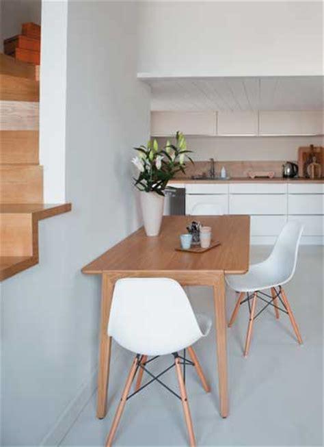 peinture table cuisine peinture sol pour repeindre carrelage escalier et parquet
