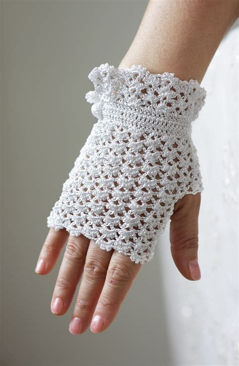 white glove pattern 15 off today white lace wedding gloves fingerless