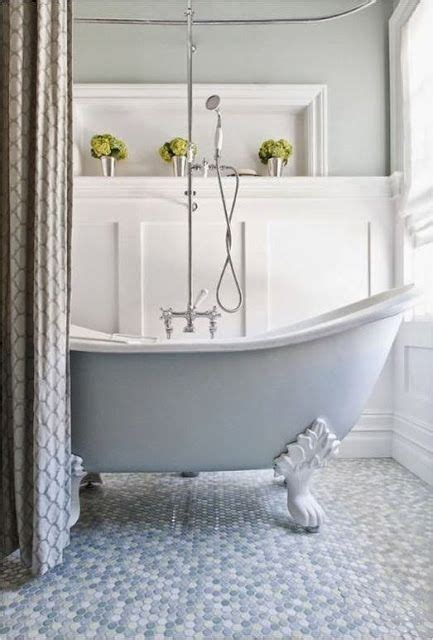 Spraying A Bathtub by Spray Paint Is One Of The Best Design Tools You Ll