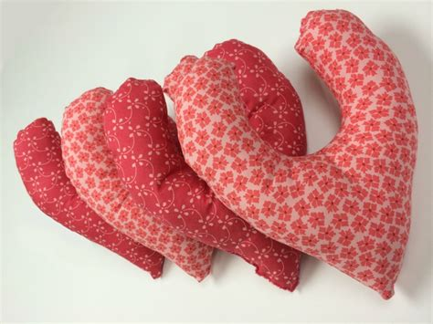 pattern for heart shaped cushion for breast cancer hands on heart breast cancer pillow drive seams and scissors