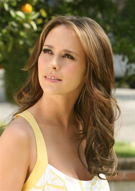 ghost whisperer hair jennifer love hewitt high quality image size 1416x2000