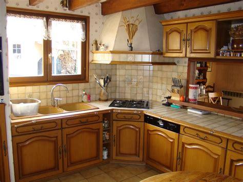 relooker cuisine rustique avant apr鑚 relooker une cuisine rustique en moderne relooker une