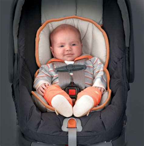 newborn baby seat the chicco keyfit 30 infant car seat includes a newborn