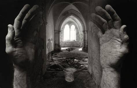 photoshop tutorial jerry uelsmann photographer jerry uelsmann surreal pioneer