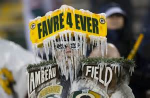 Packer Thanksgiving Game Brett Favre Has Jersey Retired By Packers On Thanksgiving