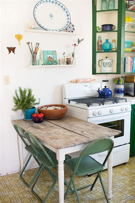 Decorating Ideas For Small Kitchen Table Choosing A Kitchen 3 Tips 187 187 Pretty Dandy