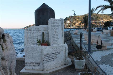 cap porto santo stefano monumento ai caduti civili di porto santo stefano pietre