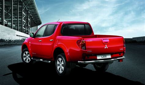 mitsubishi warrior 2010 2010 mitsubishi l200 trojan uk pricing announced