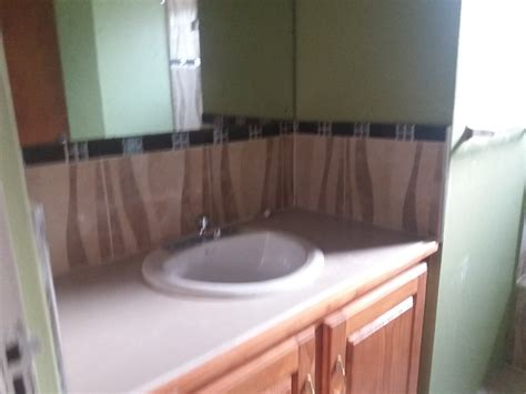 bed and bathroom 3 bed 1 bathroom large side house for rent in washington