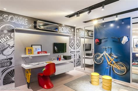 Themed Boys Bedroom by Creative Boys Bedroom With Bicycle Themes House Design