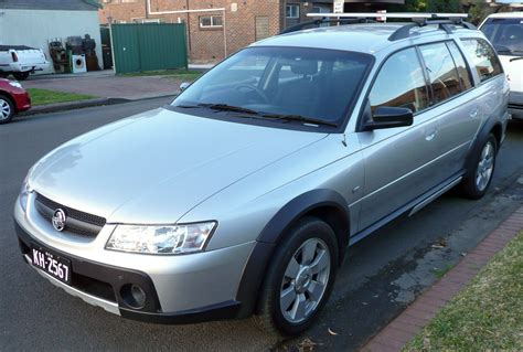 holden wagon 2005 holden commodore wagon vt pictures information