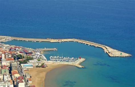 porto di crotone societa marina richiesta di consiglio straordinario