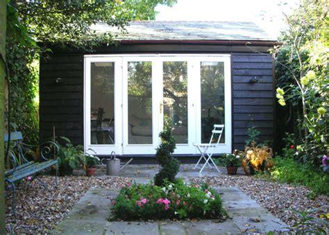 backyard studios australia chicfinds garden studios and summer houses chicfinds
