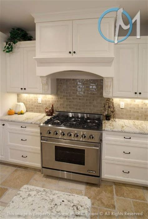 Colonial Granite With White Cabinets by Colonial Gold With White Cabinets Presents A Clean