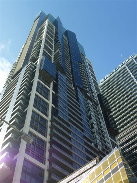 world tower meriton world tower sydney