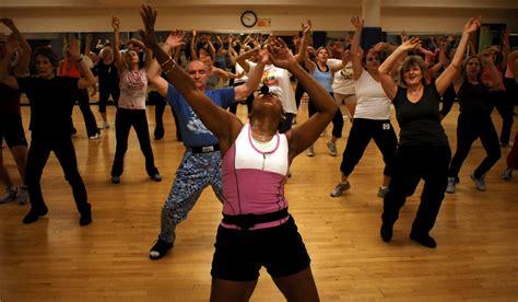 imagenes de fitness dance zumba atividades f 237 sicas