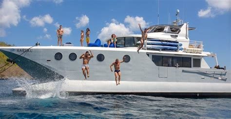 yacht di bali haruku luxury catamaran photo gallery bali indonesia