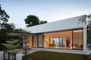 In atrium in modern for living garden garage entry house plan plans