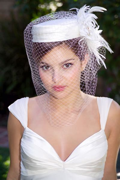 Wedding Hairstyles With Hats by A Pillbox Hat For Your Wedding Hairstyle