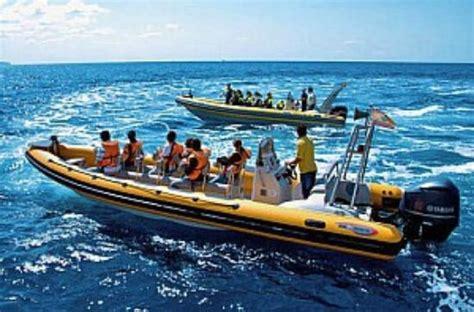 speedboot fahren mallorca wassersportpaket jetski parasailing und banana boot