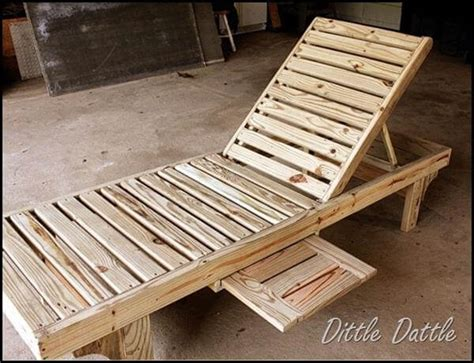 Diy Chaise Lounge Pallet Lounge Chairs Diy And Crafts