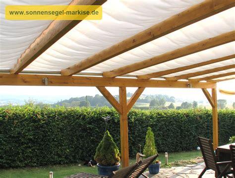 pergola glasdach innenliegender sonnenschutz glasdach sonnensegel markise