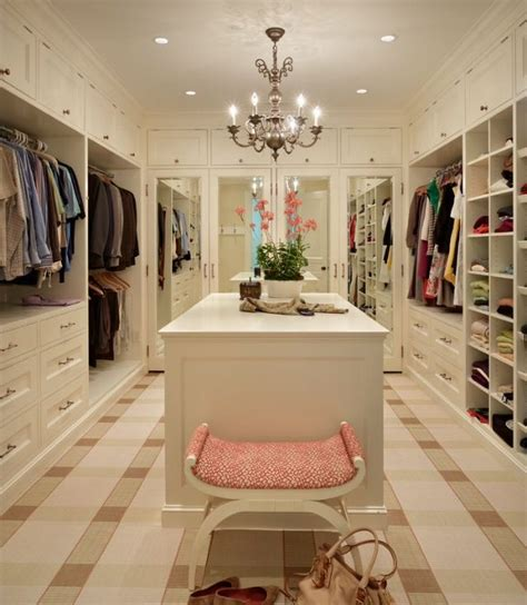 walk in closet home